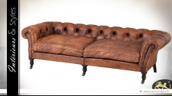 Canapé 3 places Chesterfield cuir de buffle teinte tabac 220 cm