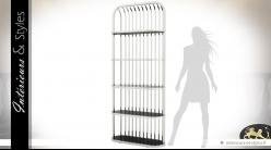 Etagère d'exposition acier inox poli argent et tablettes ovales en verre noir 230 cm