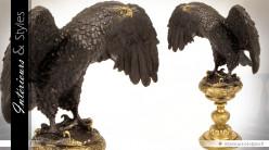 Sculpture en bronze Aigle Royal sur socle doré 37,7 cm