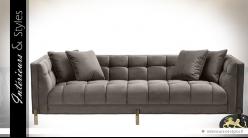 Canapé matelassé en velours soyeux gris 3 places design Eichholtz 231 cm