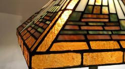Lampe de salon Tiffany : Pyramide scintillante - Ø43cm