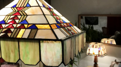 Suspension carrée Tiffany : Allure Romaine - Ø67cm