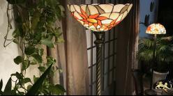 Très grand lampadaire Tiffany : Les tournesols - 198cm / Ø38cm