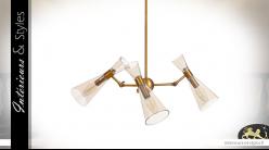 Grande suspension à 3 feux en métal et verre, abats jour coniques transparent, finition laiton doré, Ø69cm