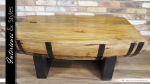 0769b54778e0ca Table basse en forme de demi-barrique en bois et métal