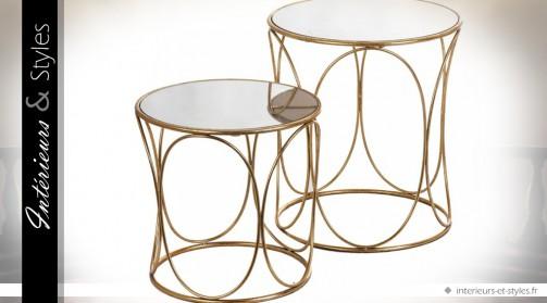 Série de deux tables basses design rondes en métal dorée et miroirs